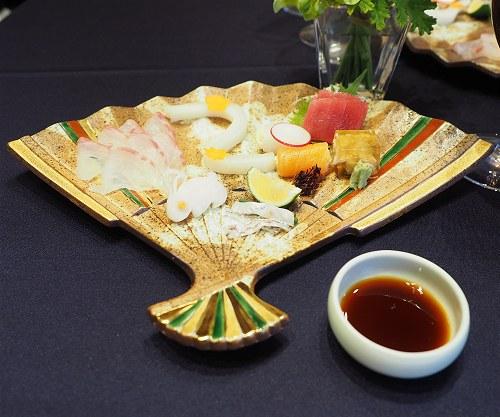 Meijikinenkan04